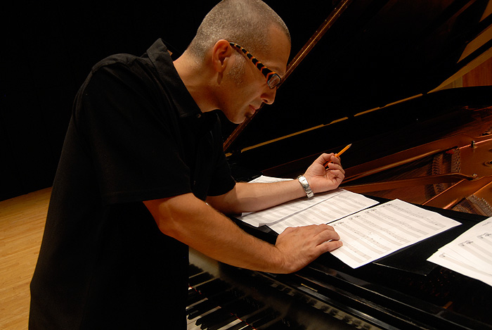 <p>Earl MacDonald is an award winning composer, performer, and educator. He is director of jazz studies in UConn's school of fine arts. Photo by Peter Bagley</p>