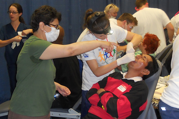 how to get free dental care as a student