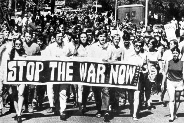 FSU students marching for anti-war protest : Tallahassee, Florida (State Library and Archives of Florida - The Florida Memory Project)