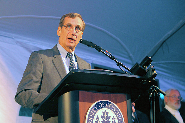 Dean of the College of Agriculture Gregory Weidemann speaks at the event. (Max Sinton '15 (CANR)/UConn Photo)