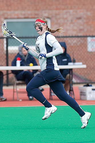 The Huskies' offense is led by midfielder Lauren Kahn '14 (CLAS). (Steve Slade '89 (SFA) for UConn)