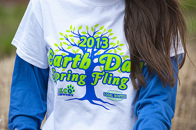 Students gather along Fairfield Way for Earth Day Spring Fling on April 18, 2013. (Sean Flynn/UConn Photo)