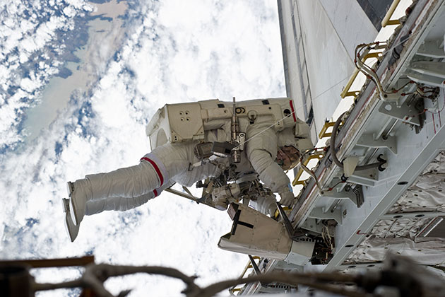 UConn alum Richard Mastracchio is a veteran of six spacewalks. (Photo/NASA)