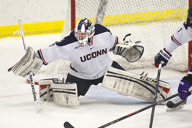 Men's hockey senior goaltender Matt Grogan. (Steve Slade '89 (SFA) for UConn)