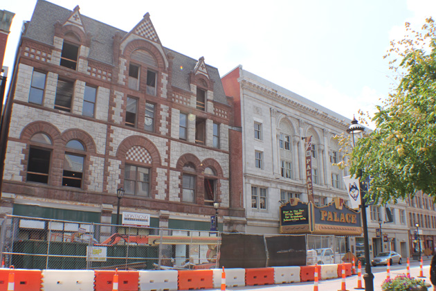 The Rectory Building in downtown Waterbury gets a makeover on the way to becoming classroom space for UConn's Waterbury campus. (Victor Schiavi/UConn Photo)
