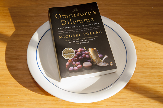 thesis statement on omnivore dilemma The omnivore's dilemma: a natural history of four meals is a nonfiction book  written by american author michael pollan published in 2006 in the book, pollan .