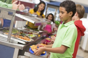 Students in cafeteria line. (iStock photo)