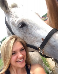 Me posing for a selfie with a polo pony at Horsebarn Hill. (Abby Mace/UConn Photo)