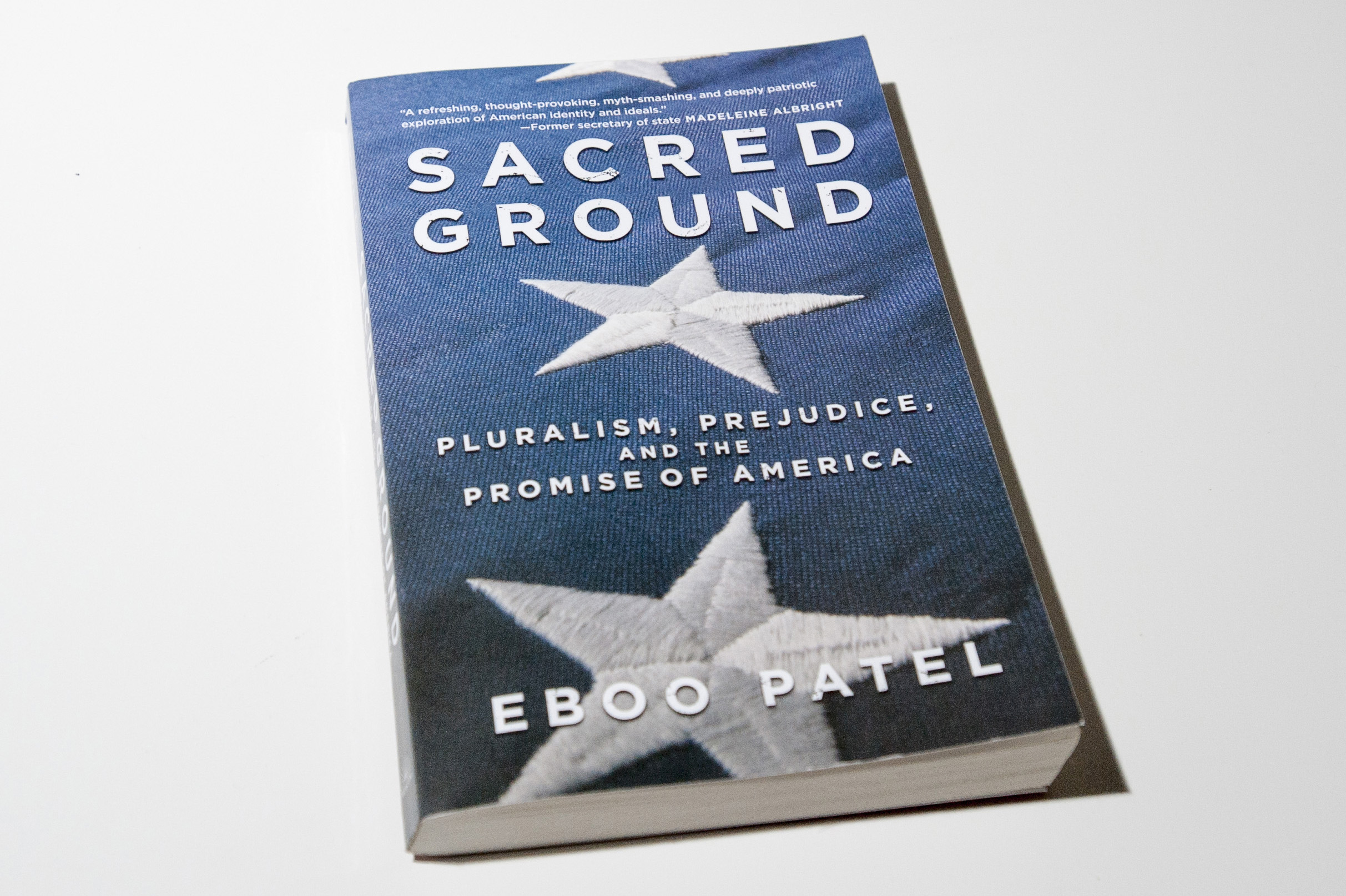 UConn Reads 2017 book, Sacred Ground by Eboo Patel on May 16, 2016. (Sean Flynn/UConn Photo)